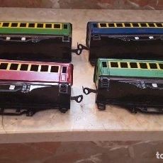 Trenes Escala: 4 VAGONES DE PAYA ESCALA 0 SIN RUEDAS EN BUENA CONCERBACION. Lote 199914436