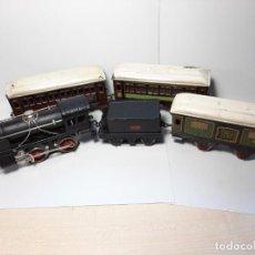 Trenes Escala: PAYA, CONJUNTO COMPLETO 984 Y 3 VAGONES, FUNCIONA. Lote 215194620