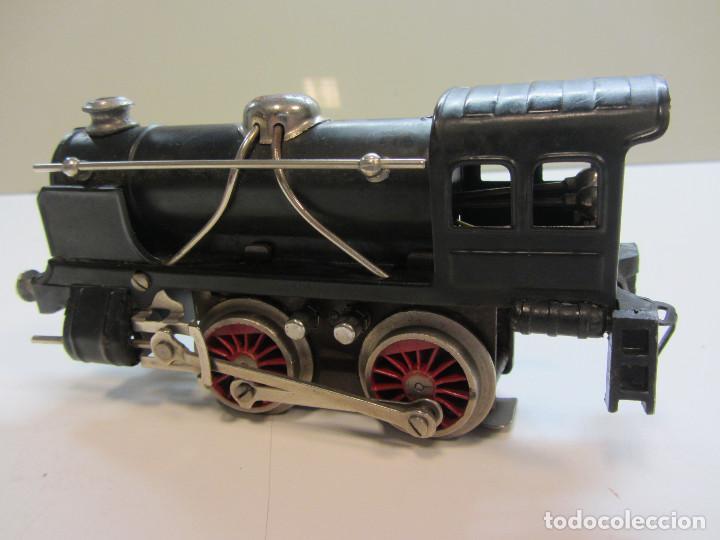 Trenes Escala: Tren eléctrico Payá. Años 40 aprox. En caja original. Locomotora y 4 vagones. No probado 125v. - Foto 5 - 251035665