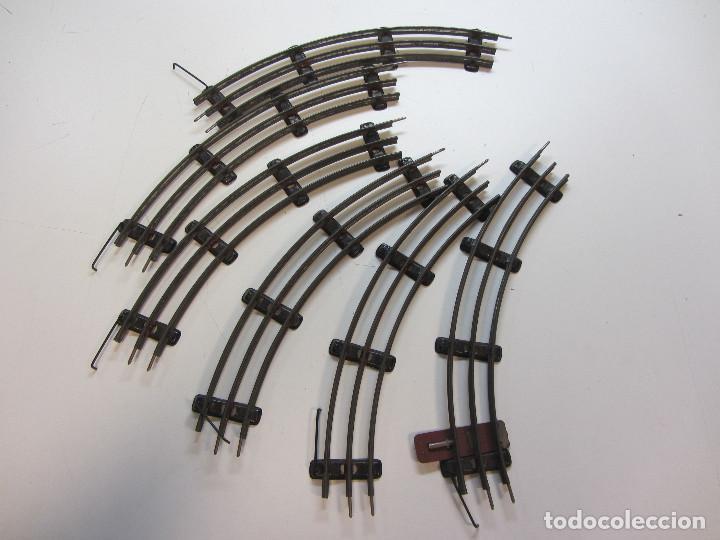 Trenes Escala: Tren eléctrico Payá. Años 40 aprox. En caja original. Locomotora y 4 vagones. No probado 125v. - Foto 7 - 251035665