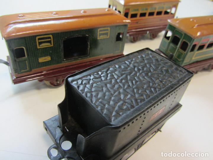 Trenes Escala: Tren eléctrico Payá. Años 40 aprox. En caja original. Locomotora y 4 vagones. No probado 125v. - Foto 11 - 251035665