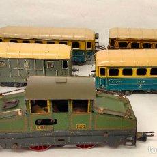 Trenes Escala: TREN ELECTRICO MARCA JEP. LOCOMOTORA P0 E1 MODELO REF 5470 AÑOS 30. VAGONES Y VIAS. Lote 225168485