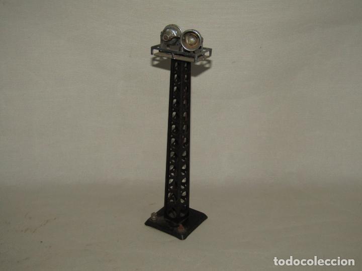 Trenes Escala: Antigua Torre Alumbrado Metálica para Maquetas de Trenes en Escala *0* 30 cm. Altura Año 1920-30s. - Foto 2 - 232316745