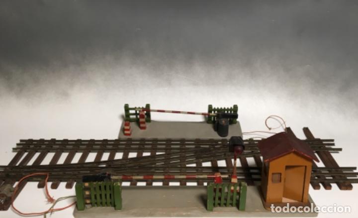 Trenes Escala: Antiguo Lote Paso a nivel eléctrico , Anden , Casa , cambió vía , MANAMO para trenes escala 0 - Foto 2 - 236996685