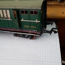 Trenes Escala: VAGÓN DE CORREOS DE PAYA CON LUZ. Lote 262027415