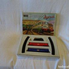 Trenes Escala: TREN A CUERDA JYESA.FUNCIONA. Lote 286011858