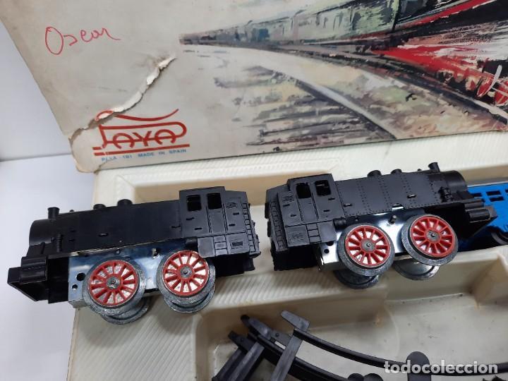 Trenes Escala: PAYÁ TREN FERROCARRIL MECANICO ESCALA 0 CON 2 LOCOMOTORAS Y 4 VAGONES PAYA - Foto 4 - 288886788