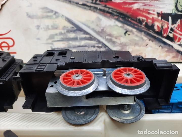 Trenes Escala: PAYÁ TREN FERROCARRIL MECANICO ESCALA 0 CON 2 LOCOMOTORAS Y 4 VAGONES PAYA - Foto 6 - 288886788