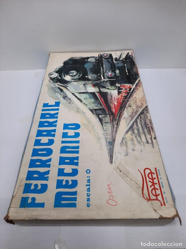 Trenes Escala: PAYÁ TREN FERROCARRIL MECANICO ESCALA 0 CON 2 LOCOMOTORAS Y 4 VAGONES PAYA - Foto 17 - 288886788