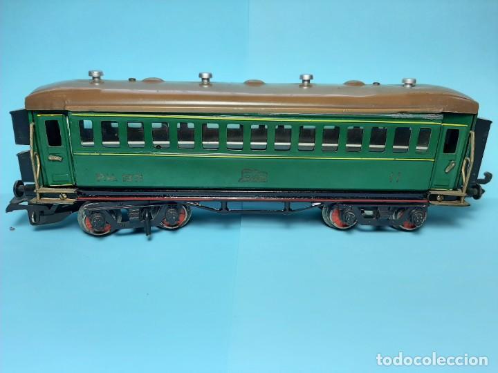 Trenes Escala: PAYA, COCHE DE SEGUNDA REF.1371, VERDE CON LUZ - Foto 2 - 289315233