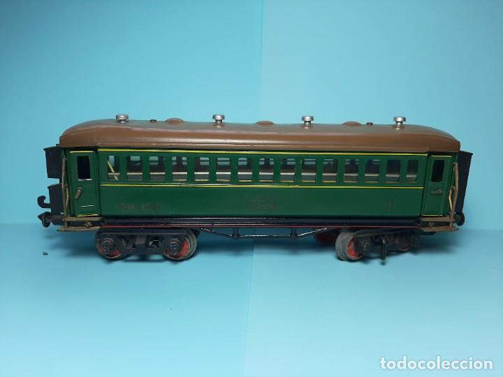 Trenes Escala: PAYA, COCHE DE SEGUNDA REF.1371, VERDE CON LUZ - Foto 3 - 289315233