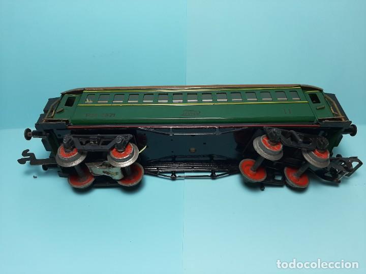 Trenes Escala: PAYA, COCHE DE SEGUNDA REF.1371, VERDE CON LUZ - Foto 6 - 289315233