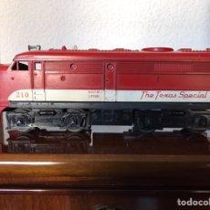 Trenes Escala: LOCOMOTORA LIONEL DIÉSEL ESCALA 0 . AÑO 1958. Lote 289851048