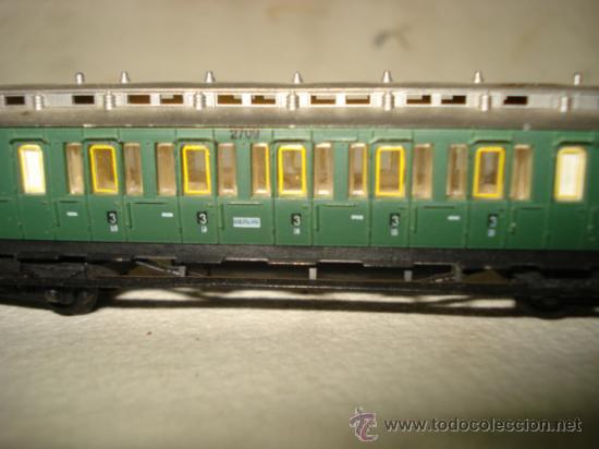 Trenes Escala: Coche Viajeros a Compartimentos 3ª Clase y Garita de la KPEV en Escala *N* 1/160 de ARNOLD.Año 1980s - Foto 3 - 37127009