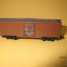 Trenes Escala - Vagón Cerrado Americano en Escala *N* de ARNOLD - 48337809