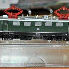 Trenes Escala: LOCOMOTORA ELÉCTRICA E 41 072 VERDE DE LA DB DE ARNOLD, REF. 2358, ESCALA N.. Lote 96665283