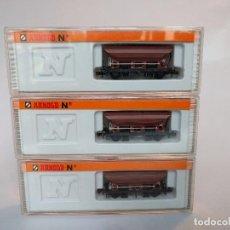 Trenes Escala: ARNOLD 4481 X3, VAGONES TOLVA DE MERCANCÍAS ESCALA N. Lote 123172463
