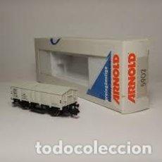 Trenes Escala: TREN, ARNOLD 5902,VAGÓN 2 EJES CERRADO, TRANSPORTE DE SAL, DB 7 2132 HBN. Lote 143057018