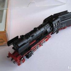 Trenes Escala: ARNOLD N RÁPIDO LOCOMOTORA VAPOR CON TENDER REF 2231, VÁLIDA IBERTREN. Lote 145884842