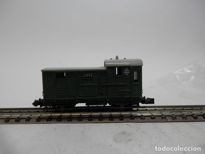 VAGÓN FURGON ESCALA N DE ARNOLD (Juguetes - Trenes a Escala N - Arnold N )