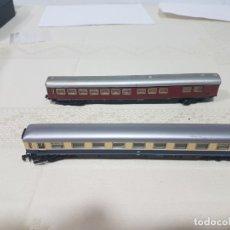 Trenes Escala: 2 VAGONES PASAJEROS ARNOLD. Lote 182784356