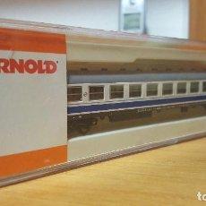 Trenes Escala: COCHE RENFE SERIE 12.300 LARGO RECORRIDO ESCALA N ARNOLD NºREF.050-010. Lote 190872778