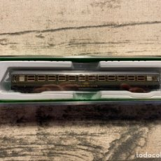 Trenes Escala: VAGÓN N RENFE 8000 VERDE ARNOLD HN4100. Lote 194058316