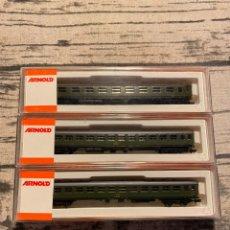 Trenes Escala: SET VAGONES RENFE 8000 ARNOLD. Lote 194060066