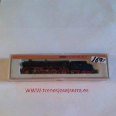 Trenes Escala: ARNOLD LOCOMOTORA 2512 CON HUMO. Lote 197123556