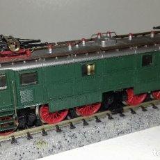 Trenes Escala: ARNOLD N LOCOMOTORA ELÉCTRICA E 16 02 L45-46 (CON COMPRA DE 5 LOTES O MAS ENVÍO GRATIS). Lote 199497085