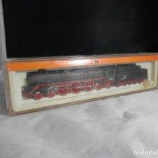Trenes Escala: LOCOMOTORA VAPOR DE LA DB ESCALA N DE ARNOLD. Lote 232750915