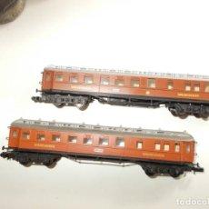 Trenes Escala: 2 VAGONES ARNOLD - N - SIN SEÑALES DE USO. Lote 245438680