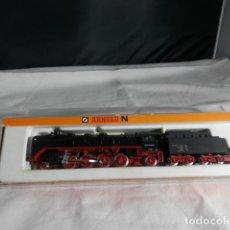 Trenes Escala: LOCOMOTORA VAPOR DE LA DB ESCALA N DE ARNOLD. Lote 245761705