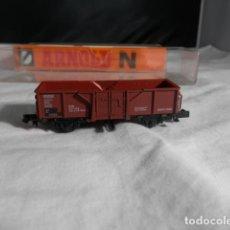 Trenes Escala: VAGÓN BORDE ALTO ARTICULADO ESCALA N DE ARNOLD. Lote 245761865