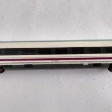 Trenes Escala: ARNOLD N, VAGÓN COCHE PASAJEROS AVE. Lote 261986245