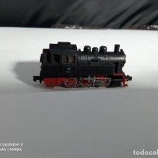 Trenes Escala: LOCOMOTORA VAPOR ESCALA N DE ARNOLD. Lote 262144305