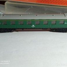 Trenes Escala: VAGÓN PASAJEROS ESCALA N DE ARNOLD. Lote 262288450