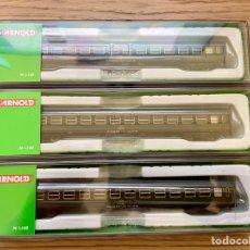 Trenes Escala: 3 VAGONES RENFE 8000 ARNOLD N NUEVOS. Lote 270554668