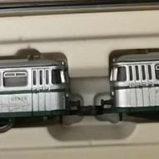 Trenes Escala: AUTOMOTOR DIESEL, GRIS/PLATEADO (2 UNIDADES) - ARNOLD 0351 (CUSTOMIZADOS A FERROBÚS DE RENFE). Lote 276695653