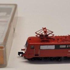 Trenes Escala: ARNOLD- LOCOMOTORA ELÉCTRICA SERIE 111 011-3 DB CON LA REFERENCIA 2328, ESCALA N. Lote 286771473