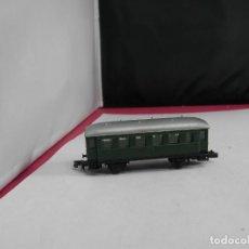 Trenes Escala: VAGÓN PASAJEROS 2 EJES ESCALA N DE ARNOLD. Lote 287802833