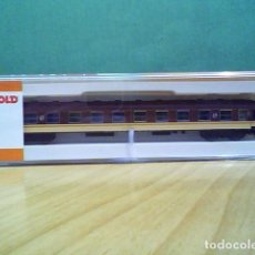 Trains Échelle: ARNOLD RENFE COCHE SERIE 8000 DE 2ª CLASE. Lote 289523753