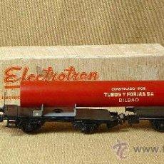 Trenes Escala: RARO, DOBLE VAGON, TUBOS Y FORJAS S.A., BILBAO, DE ELECTROTREN, ESCALA H0, 1/87, CON CAJA, 1950S. Lote 21563544