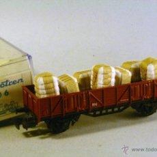 Trains Échelle: ELECTROTREN. 1106. ESCALA H0. VAGÓN BORDES RENFE MARRÓN. CON CARGA DE BALAS DE ALGODÓN. Lote 45699885