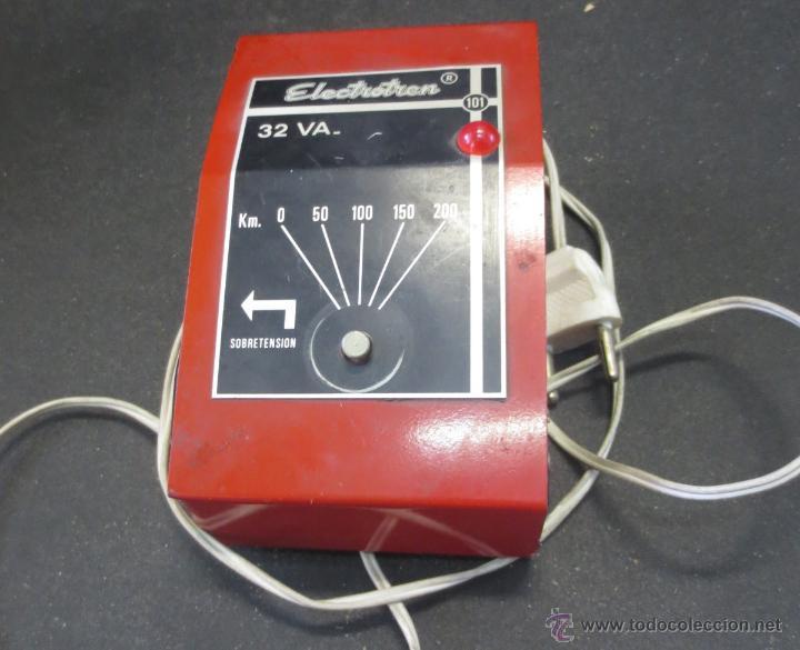 TRANSFORMADOR ELECTROTREN 101 32 VA. COLOR ROJO