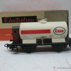 Trenes Escala: ELECTROTREN - VAGÓN CISTERNA ESSO RENFE CON GARITA - ESCALA H0. Lote 53722274
