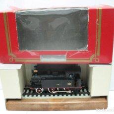 Trenes Escala: ELECTROTREN REF: 4040 - LOCOMOTORA DE VAPOR RENFE 0201 ESTÁTICA - ESCALA H0. Lote 83829168