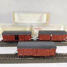Trenes Escala: LOTE DE 3 VAGONES DE MERCANCIAS CERRADOS RENFE ELECTROTREN 1300 ESCALA H0. Lote 95702959