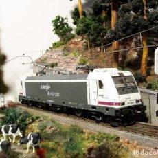 Trenes Escala: LOCOMOTORA 253.004 RENFE. DIGITAL. ESCALA H0.. Lote 95794311