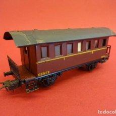 Trenes Escala: ELECTROTREN HO. VAGÓN PASAJEROS RENFE MARRÓN. ANTIGUO. Lote 98209779